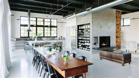 desain rumah loft mengubah ruangan dengan gaya industrial