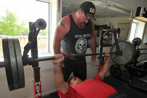 bench press canada canadian bench press record 28 images canadian bench