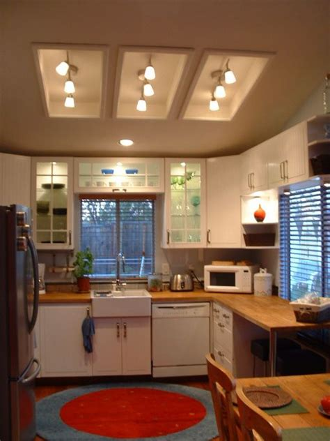Kitchen Fluorescent Light Replacement 25 Best Ideas About Fluorescent Kitchen Lights On Pinterest Fluorescent Light Fixtures