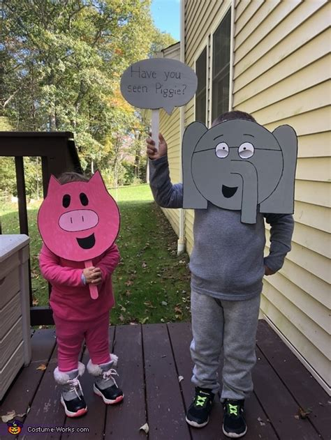mo willems family costume photo