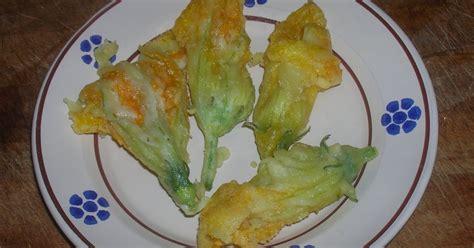 antipasti con fiori di zucca in cucina con tata antipasti frittelle di fiori di zucca
