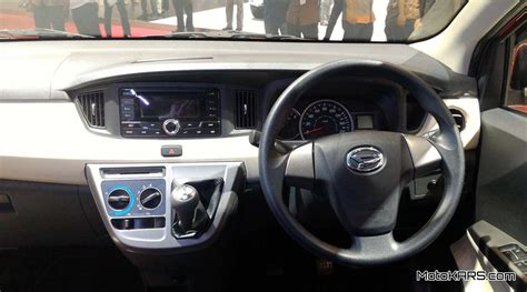 Headrest Mobil Daihatsu Sigra interior daihatsu sigra 7 seat penumpang yang lumayan lega