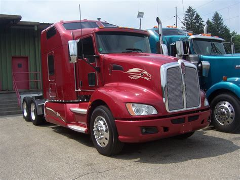 buy kenworth kenworth t660 picture 13 reviews news specs buy car