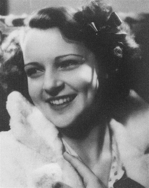 young betty white images pictures findpik betty white at 17 best images about betty white on pinterest hot dogs