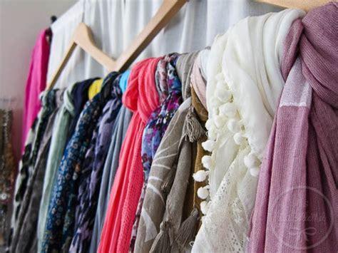 super simple ways  organize scarves