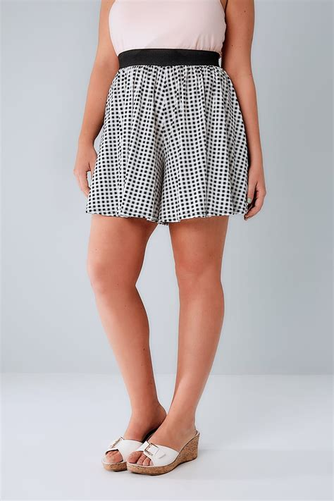 German Email Address Finder Black White Gingham Flippy Plus Size 16 To 36