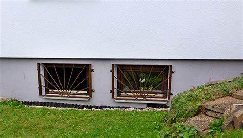 Fenstergitter Selber Machen by Bildergalerie Fenstergitter Verzinkt Nach Ma 223 Metallbau