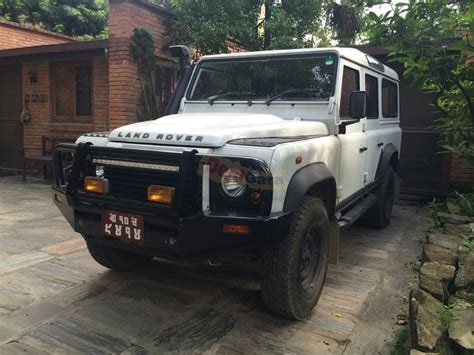 nepal new land rover 2013 land rover defender 2 4 price rs 1 15 00 000
