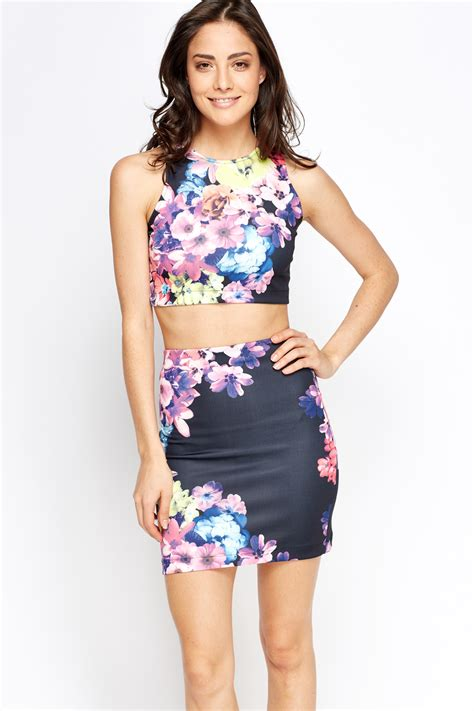 Mimi Top floral crop top and mini skirt set just 163 5