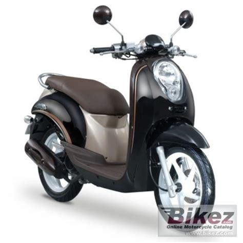 2014 honda scoopy specifications and pictures