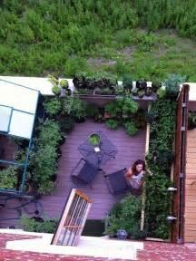 come arredare una terrazza con piante terrazzo con fiori e piante foto design mag