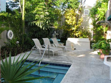 Schöne Pools Im Garten by 96 Verbl 252 Ffende Fotos Vom Garten Pool Archzine Net