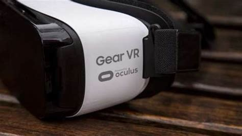 samsung gear vr review consumer edition 2016 this is the vr headset samsung is giving away with s7 pre orders samsung gear vr review consumer edition 2016 general