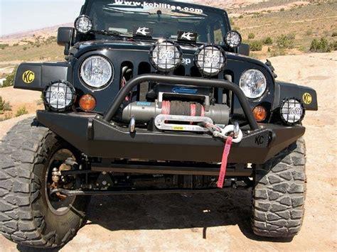 jeep kc lights jeep wrangler jk kc hilites front bumper jeeps