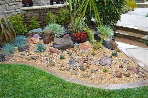 ordinario Sassi Per Giardino Roccioso #1: giardino-roccioso_NG1.jpg