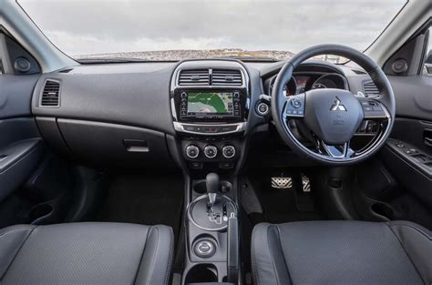 mitsubishi asx 2017 interior 2017 mitsubishi asx 2 2d auto awd 5 review autocar