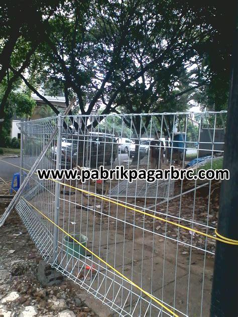 Kerangkeng Ac foto proses pemasangan pagar brc distributor pagar brc