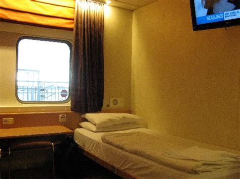 Cabin Bed Reviews by Single Bed Cabin 8074 Picture Of Spirit Of Tasmania