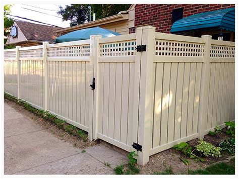 vinyl fencing company vinyl fence installation in michigan paramount fence