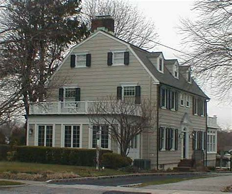 the amityville house the truth about the amityville horror just the facts