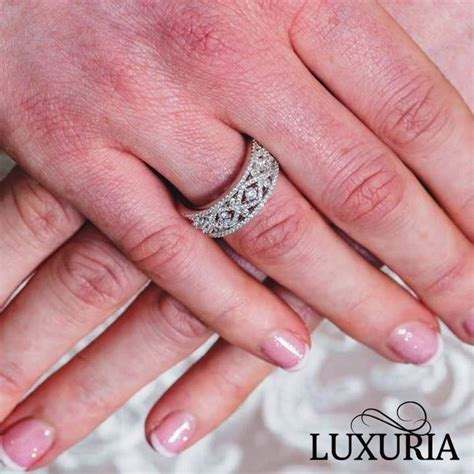 Luxuria  fake diamond infinity band engagement ring