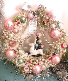 pink christmas wreath pink shabby christmas pinterest