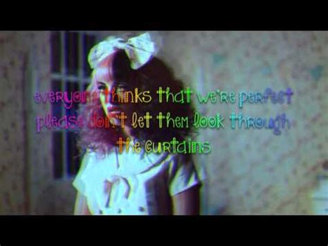 doll house song lyrics melanie martinez dollhouse lyrics on screen youtube