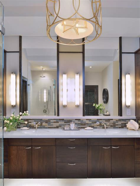Vertical Bathroom Lights Vertical Bathroom Vanity Lights Home Improvement Articles Library Atg Stores Vertical Vanity