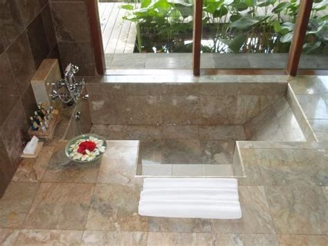 in floor bathtub best 25 sunken tub ideas on pinterest sunken bathtub dream bathrooms and japanese