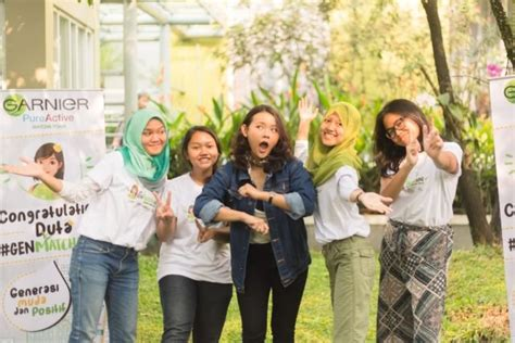 Buku Mumpung Kita Masih Muda meski usianya masih muda tapi 5 remaja ini semangatnya patut kita tiru