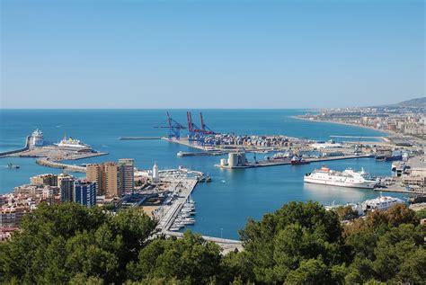 il port port of m 225 laga