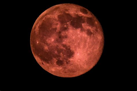 full strawberry moon for the first time since 1967 we start summer with a