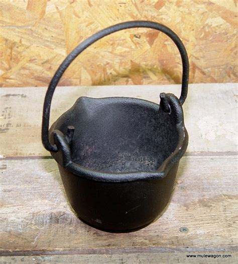 Casing One Plus 5 Ironman 2 Custom vintage cast iron lead smelters pot farm tool from
