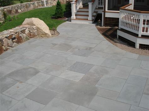 Bluestone Patio Pavers 1000 Ideas About Bluestone Pavers On Pavers Patio Patio Flooring And Backyard Pavers