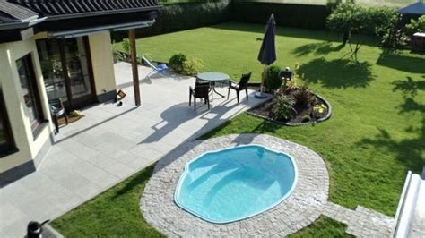 Gartenideen Mit Pool by Gartenideen Mit Pool Gartenideen Mit Pool Kunstrasen