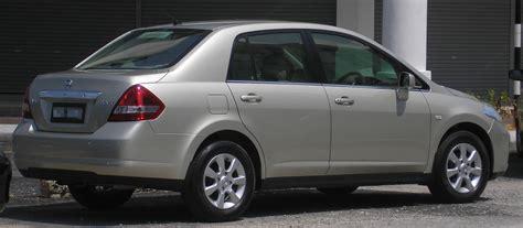 nissan tiida latio 2015 file nissan latio sedan first generation rear