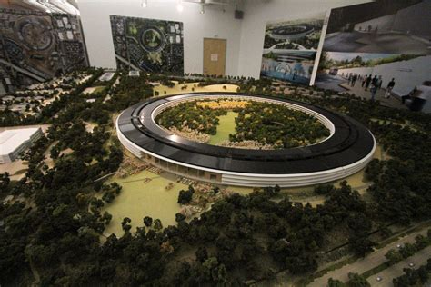 apple headquarters new images provide closer look at apple spaceship cus