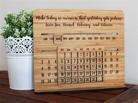 how to make desk calendar how to make a wooden desk calendar hostgarcia