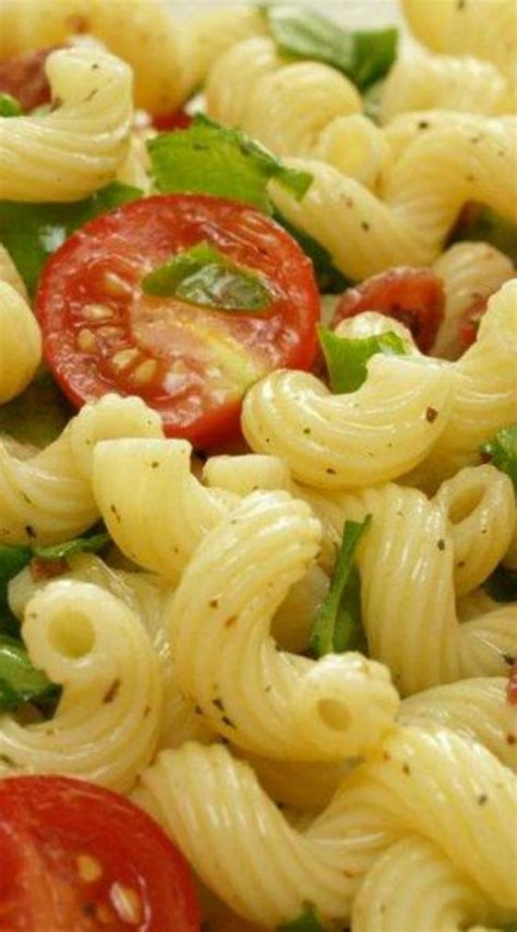 easy summer y pasta salad recipe pinterest spinach red peppers and filled cupcakes
