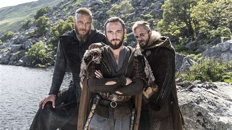 why did ragnar shave his hair vikings creator star latest shocking death will have