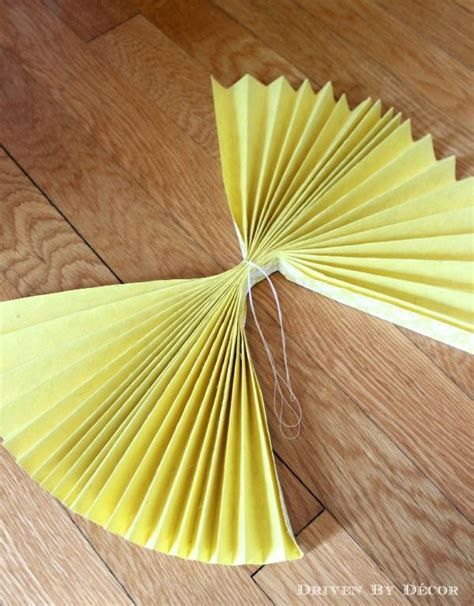 How To Make Rosettes Out Of Paper - diy tutorial how to make paper rosettes kid make paper