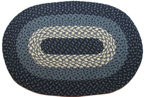 Oblong Nevy 1607 navy oval braided rug