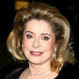 catherine deneuve, an icon who ages gracefully (and uses