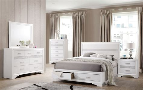 White Bed Set by Miranda White Storage Platform Bedroom Set From Coaster