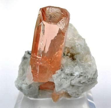 pegmatite: igneous rock pictures, definition & more