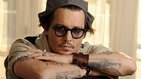 tattoo actor johnny depp actor glasses hat