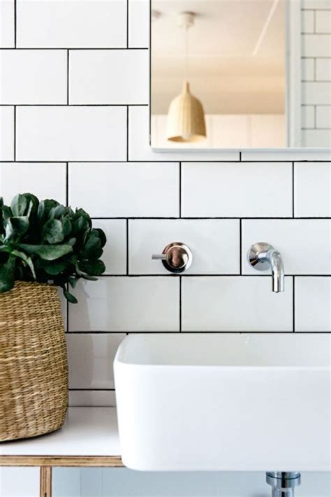 Bathroom Splashback Ideas by 10 Inspiring Ways To Use Subway Tiles In Your Home