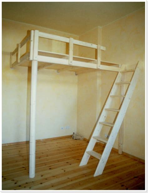 hochbett mit schrank für erwachsene wohnzimmer einrichten dekorieren