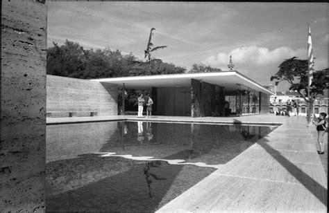 Barcelona Pavillon 1929 by Barcelona Pavilion Mies Architecture