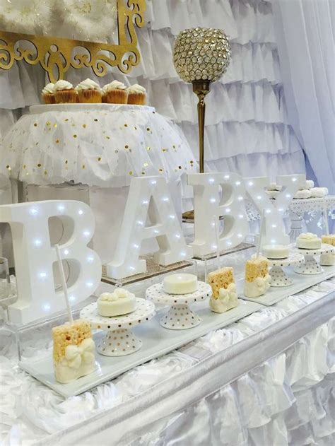 And White Baby Shower Theme by 1000 Ideas About Baby Shower On Cloud